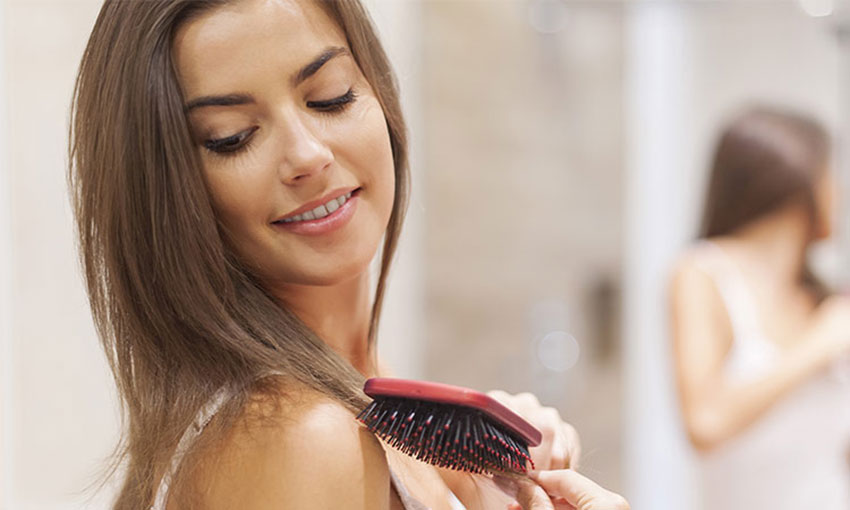 HOW TO PREVENT & COUNTER DANDRUFF DURING WINTERS