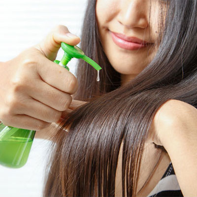 6 everyday habits which can help you get flawless & frizz–free hair